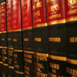 W wielu wypadkach społeczeństwo chcą asysty prawnika